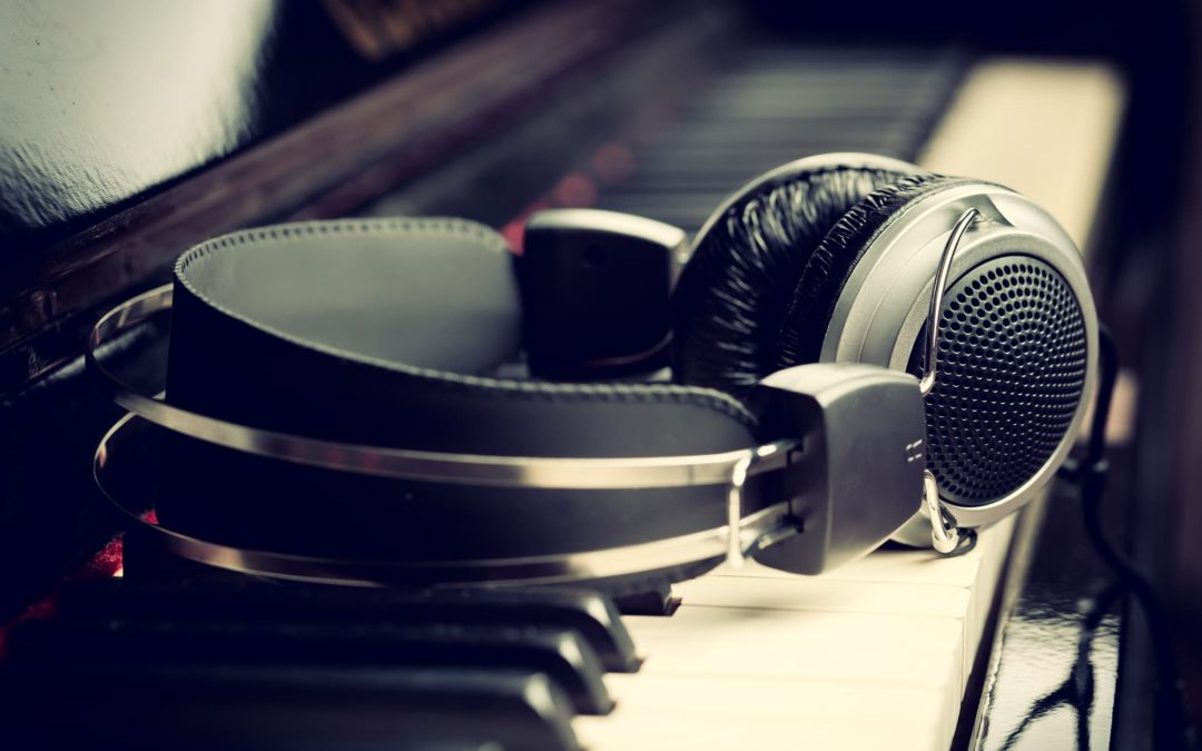 Successful Music Producer – What It Takes To Become One?